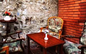 site10 300x190 Tünelin saklı bahçesi; Mihrimah Sultan Cafe !