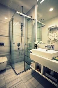 banyo 200x300 Bir Pera Masalı; Armada Pera Otel!