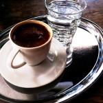 gölge kahve Kışın gidilebilecek mekanlar22 Medium 150x150 Kışın Gidilebilecek Mekanlar   Beyoğlu