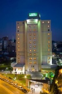 green park bostanci hotel yilbasi 199x300 2014 Yılbaşı Programları Istanbul