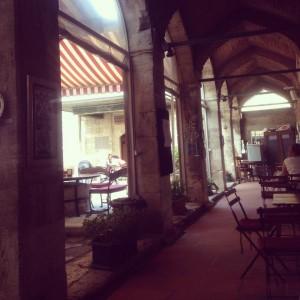 Salaş İstanbul Cafeleri Sultanahmet Cafer Ağa Medresesi 300x300 Salaş İstanbul Cafeleri   Sultanahmet   Cafer Ağa Medresesi