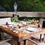 koru istanbul kahvalti 2 150x150 İstanbulda Kahvaltı Yapılacak Mekanlar