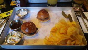 20190627 194500 300x169 İkili Mini Burger